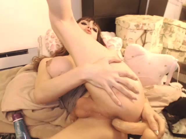 Kylie_Maria_in_cam_show_in_gray_top.mp4.00014.jpg