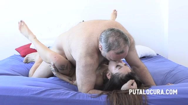 PutaLocura_presents_Roma_Amor_-_BLOWJOB_IN_THE_PARK_AND_LATER_FUCK_-_PILLADA_CON_MAMADA_EN_EL_PARQUE___20.11.2020.mp4.00007.jpg