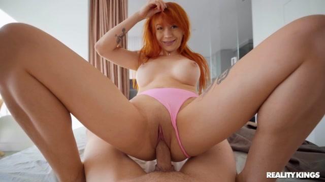 RealityKings_-_RKPrime_presents_Alice_Bong_-_RK_At_Home_-_Alice_Bong_Teases_Boyfriend_s_Cock___17.11.2020.mp4.00012.jpg