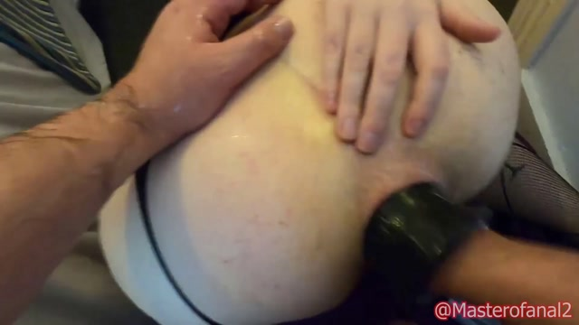 Violet_Buttercup_extreme_anal_session_with_prolapse_anal.mp4.00015.jpg