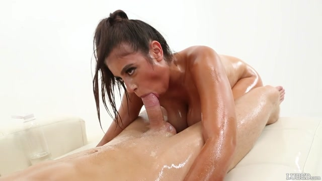 Lubed_presents_Ella_Knox_-_Drenched_Lust___01.12.2020.mp4.00010.jpg
