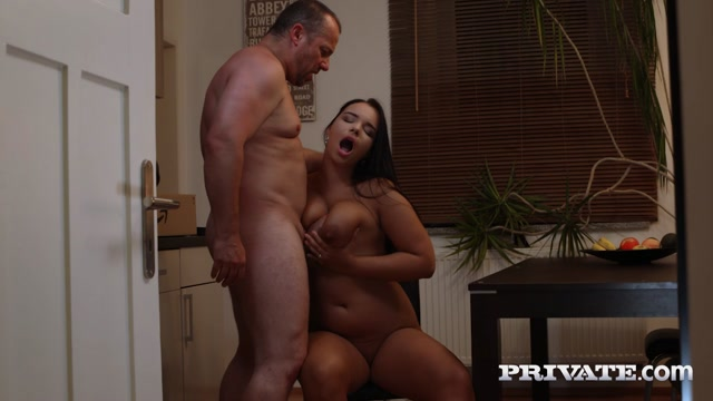 Private_-_TightAndTeen_presents_Sofia_Lee_-_Busty_Teen_Debuts_With_Passionate_Fuck___31.12.2020.mp4.00014.jpg