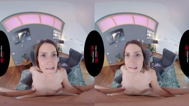 Virtualrealporn_presents_Cozy_Night_-_Tiny_Tina.mp4.00014.jpg