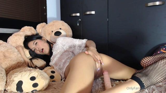 EmilyOrtiz_OnlyFans_Video_009.mp4.00014.jpg