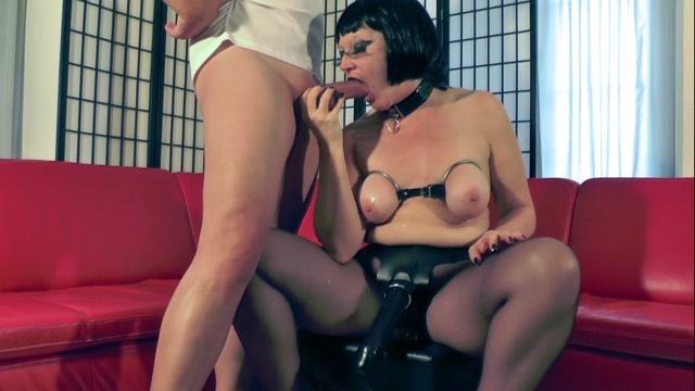 Hotvaleria_-_Strap-On_Slut.mp4.00009.jpg