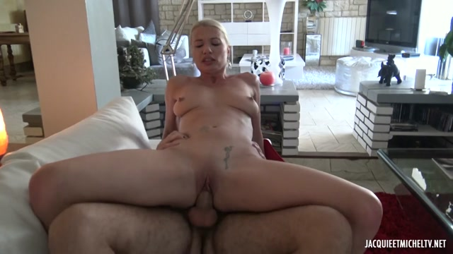 JacquieEtMichelTV_presents_Justine__37__Gets_Better_With_Age___03.01.2021.mp4.00009.jpg