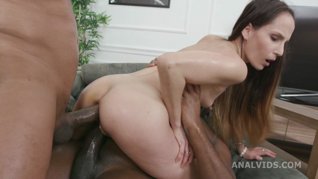 Watch Free Porno Online – LegalPorno presents Ivy Wild Vs 2 BBS Goes Wet, with Balls Deep Anal, Pee Drink, DP, Gapes and Cum Swallow GL377 – 08.01.2021 (MP4, HD, 1280×720)