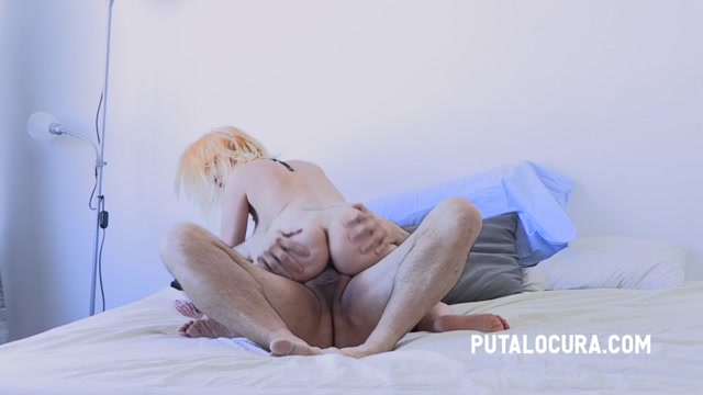 PutaLocura_presents_Sexy_Kitty_-_Sex_in_the_snow___15.01.2021.mp4.00004.jpg
