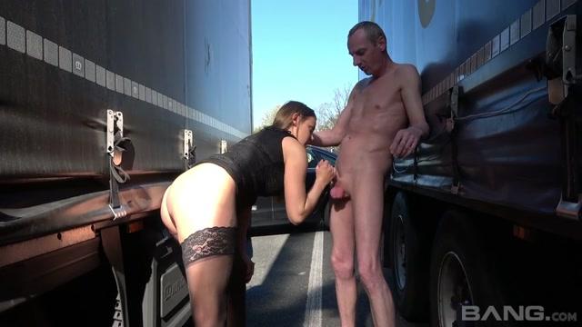 naked_oldies_jerking_girls_scene_6.mp4.00007.jpg