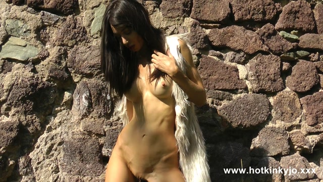 HKJ_964._Barbarian_lady_deep_anal_fucking_with_dildo___belly_bulge_at_the.mp4.00006.jpg