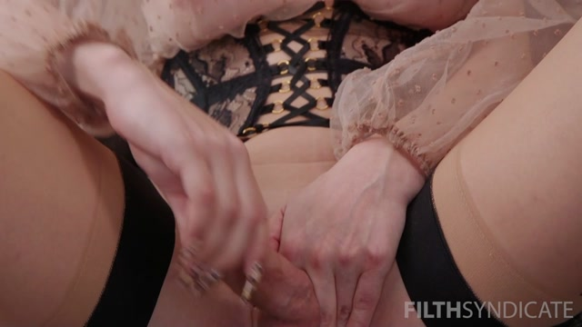 KINKY_JOI__Korra_s_Little_Cock_Whore___19.02.2021.mp4.00011.jpg