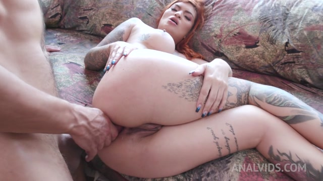 LegalPorno_presents_Rachel_Miranda_gets_her_first_DAP_in_hot_threesome_YE065___17.02.2021.mp4.00015.jpg
