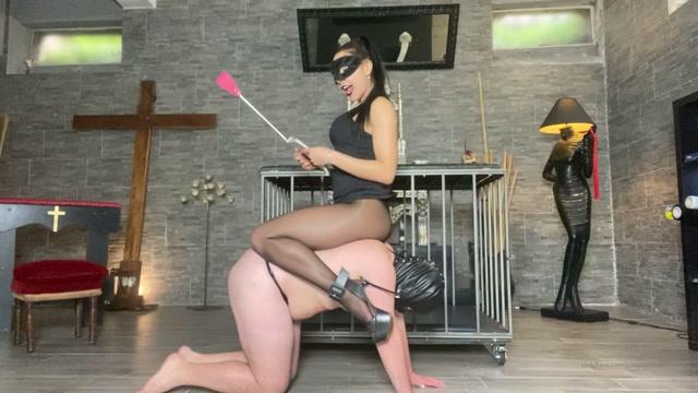 Mistress_Gaia_-_La_Mia_Merdaccia.mp4.00008.jpg