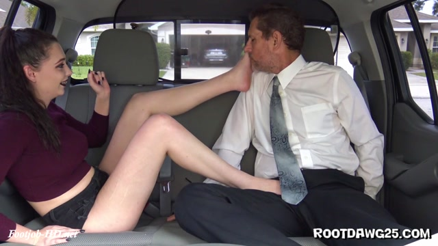 Back_Seat_Footjob_with_Lilly_Swagg_-_Foot_Fetish_by_Rootdawg25.mp4.00003.jpg
