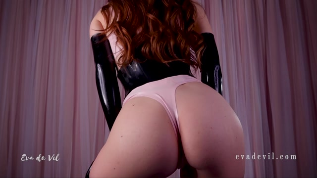 Eva_de_Vil_-_Latex_Humiliation.mp4.00010.jpg