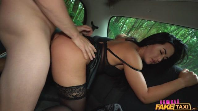 FemaleFakeTaxi_presents_Zuzu_Sweet_-_My_Taxi_My_Rules.mp4.00009.jpg