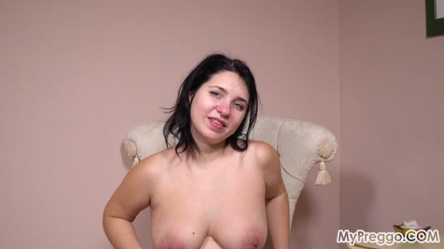 MyPreggo_presents_Tanya_s_Slow_Stripteases_Are_Worth_the_Wait___04.03.2021.mp4.00012.jpg