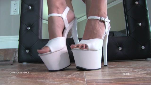 Princess_Ashley_-_You_Only_Deserve_Feet.mp4.00003.jpg