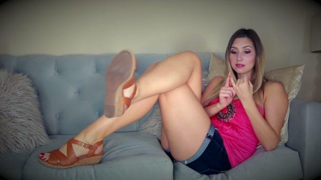 Princess_Lexie_s_Clip_Store_-_Rhythm_Of_My_Shoes_JOI.mp4.00000.jpg
