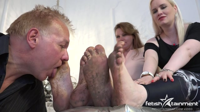 DirtyFeetGirls_-_Mother___Daughter_Clip_264-1.wmv.00003.jpg