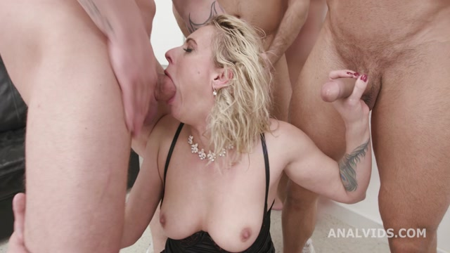LegalPorno_presents_Monsters_of_Milf_goes_Wet_with_Julia_North_and_Brittany_Bardot__2__Balls_Deep_Anal__DAP__Anal_Fisting__ATOGM__Buttrose_GIO1769___05.04.2021.mp4.00001.jpg