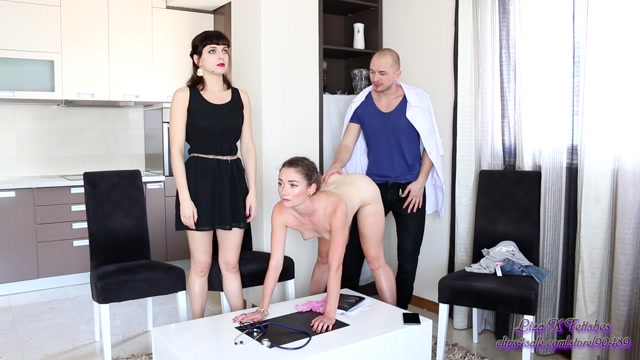 Particular approach. Step-Mother and step-daughter were taken under control and fucked instead of a family therapy 00010