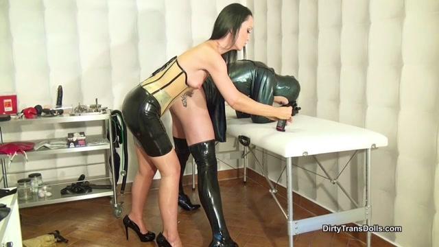 DirtyTransDolls - Fetish Liza - Stretching Jennas ass part 1 00013