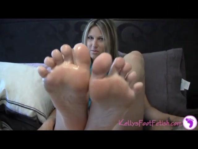 FootJob - KellysFootFetish_011 00002