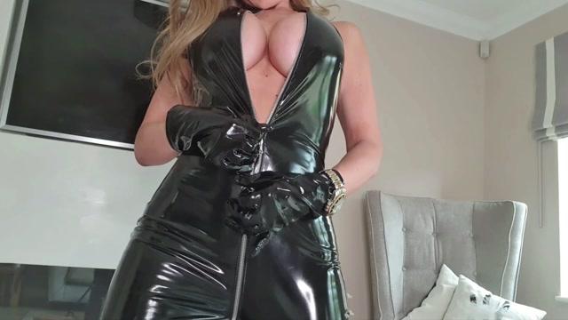 Miss Tiff - You Will Lick It Clean 00002