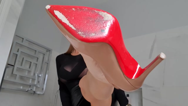 MissTiff - Lick My Louboutins 00005