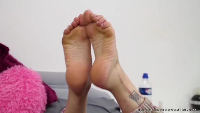 FMUK Foot Fantasies - Belle 00009