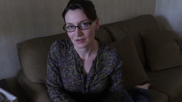 Bettie Bondage - Hands-On Masturbation with Mom 00000