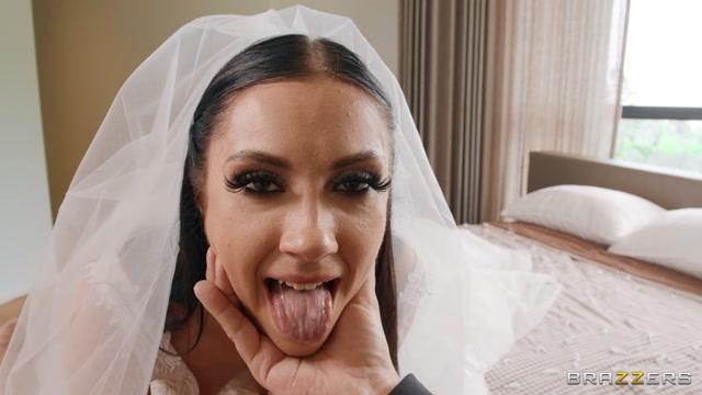 Brazzers - BrazzersExxtra presents Jazmin Luv - Runaway Bride Needs Dick – 10.09.2021 00002