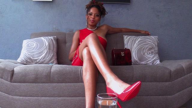 Duchess Skylark - Crazy Hot Woman From the Bar 00001