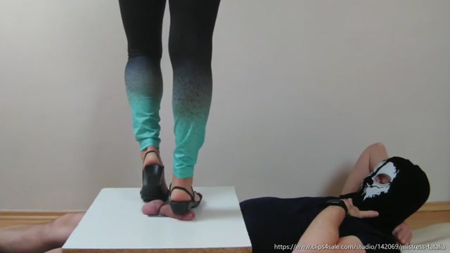 Flat Sandals Crush It Again – MISTRESS FATALIA 00001