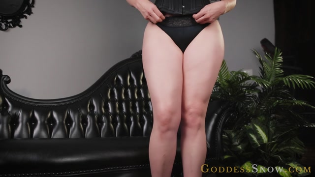 Goddess Alexandra Snow - Thick Thighs 00004