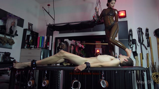 Maya Sin Smothered with my ass and feet 00014