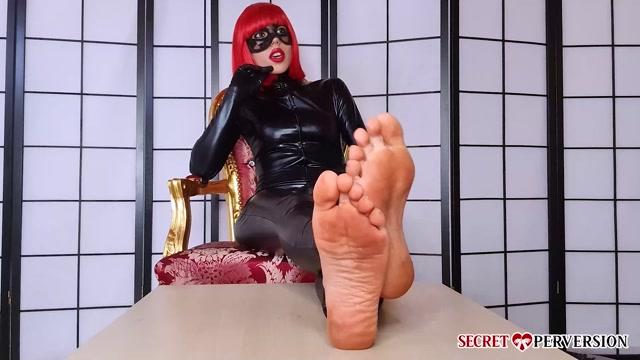 The Secret Perversion - Mistress Keope - Polishing Soles 00000