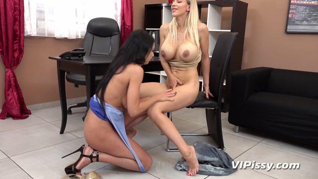 VIPissy presents Laura & Oprah - Big Tits At Work – 14.09.2021 00004