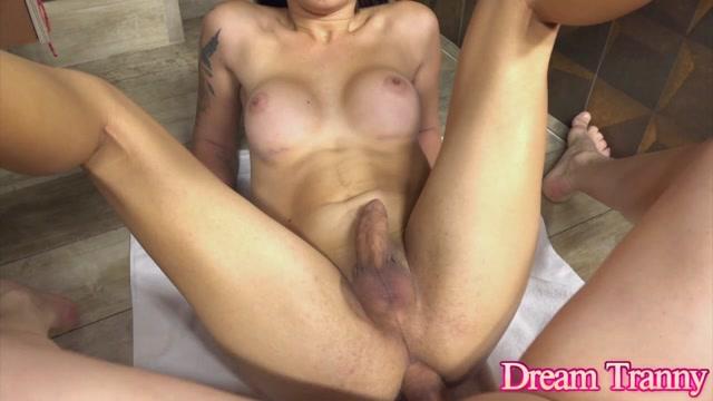 Dreamtranny presents Vitoria Fernandes Gets Her Ass Slammed – 08.10.2021 00012