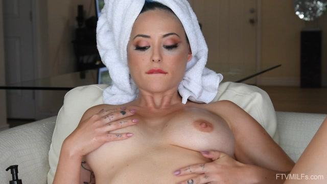 FTVMilfs - Eve Marlowe - Riding The Storm - Unstoppably Sexy 08 00004
