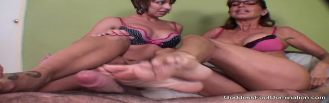FootJob - House for sale, slave included 00010