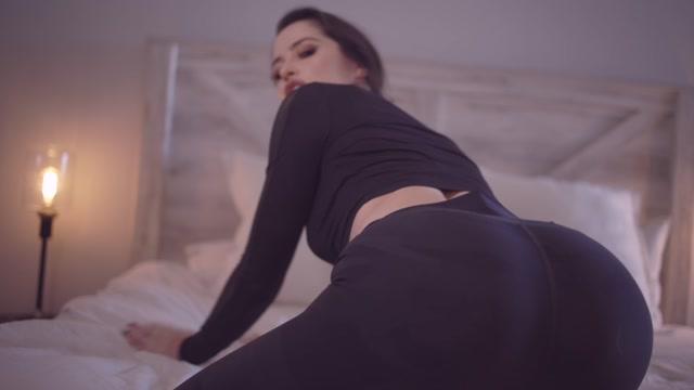 Goddess Alessa - Eat it for StepMommy 00015