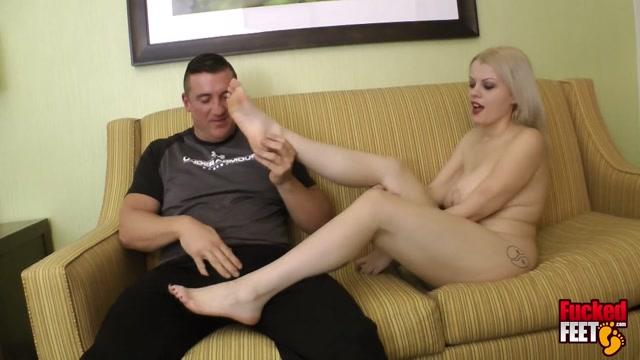 Nadia White Gives me a Footjob! - Fucked Feet_Footjob-HD.net 00011