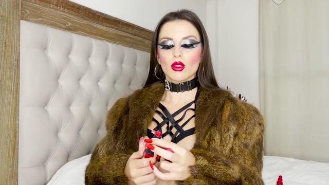 Rebecca de Winter - A HARDCORE Bitch - Strap On 00014