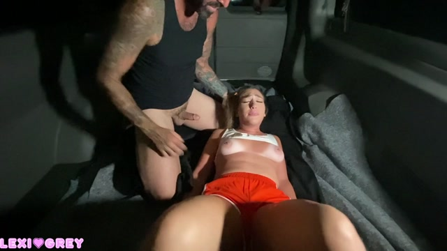 thelexigrey - Hooters Girl Held Hostage 00004